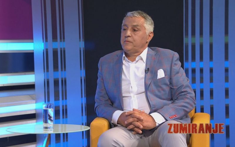 Refik Radončić: Vlada da spriječi, a ne podstiče iseljavanje