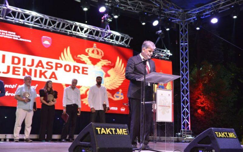 Brčvak očitao lekciju premijeru: Šta će povezivati Crnu Goru i dijasporu ako nam se oduzme pravo glasa (VIDEO)