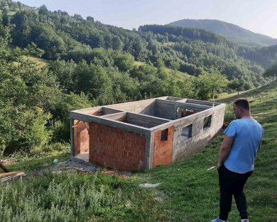 Pomozimo porodici Mulić da dobije novi dom