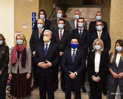 Fokus – minus: Vlada Crne Gore i nesavjesni građani